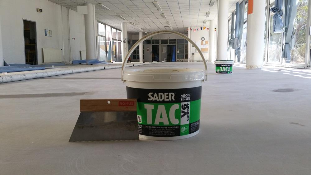 Colle acrylique pour sol souple sader Lycée Toulon Pacasol