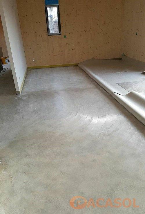 Encollage du revêtement de sol PVC Taralay Impression Confort Foyer d'hébergement ARI Marseille - Pacasol