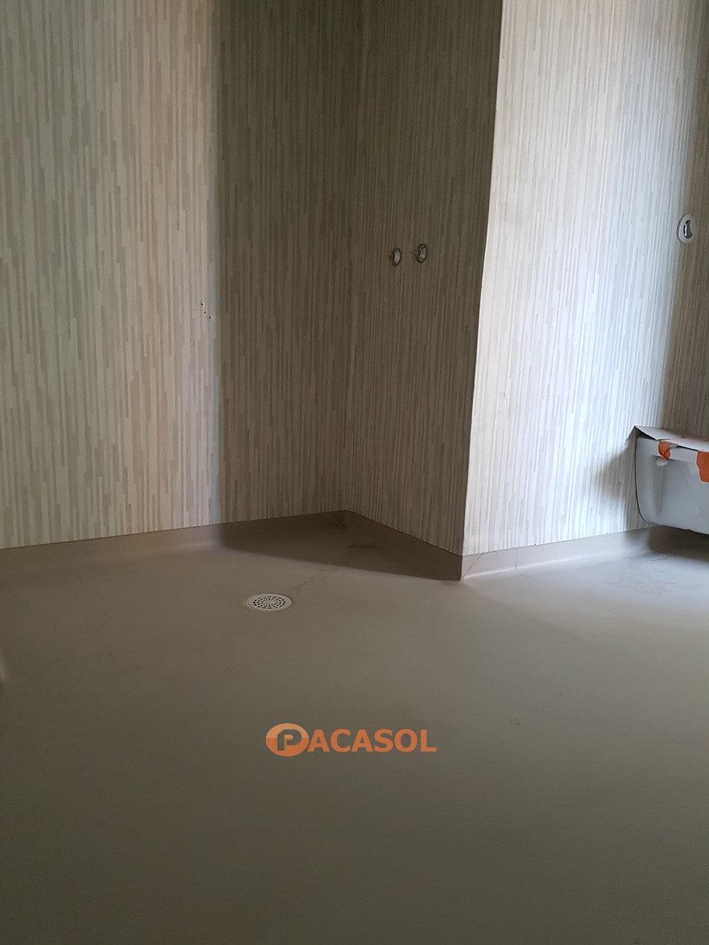 Système douche Gerflor dans l'hôpital Nord-Ouest de Tarare - Pacasol