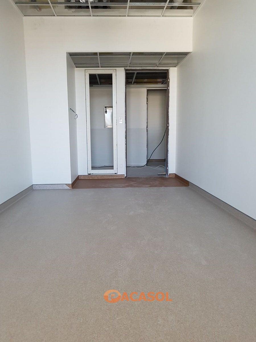 Pose de revêtement de sol PVC Taralay Premium Gerflor dans les chambres de l'Hôpital Edouard Herriot à Lyon - Pacasol