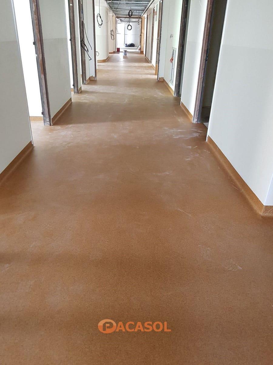 Pose de revêtement de sol PVC Taralay Premium Compact Gerflor dans les couloirs de l'Hôpital Edouard Herriot à Lyon - Pacasol